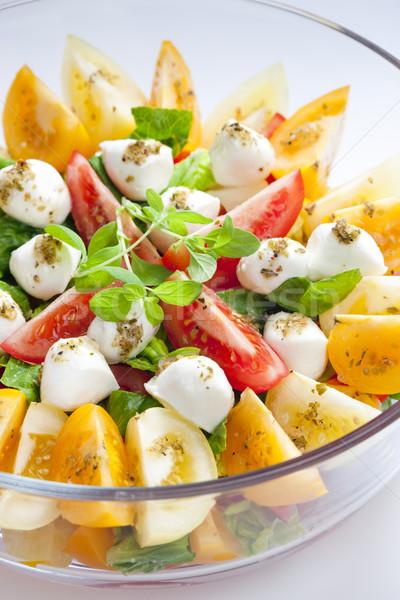 Tomate ensalada mozzarella queso alimentos vegetales Foto stock © phbcz