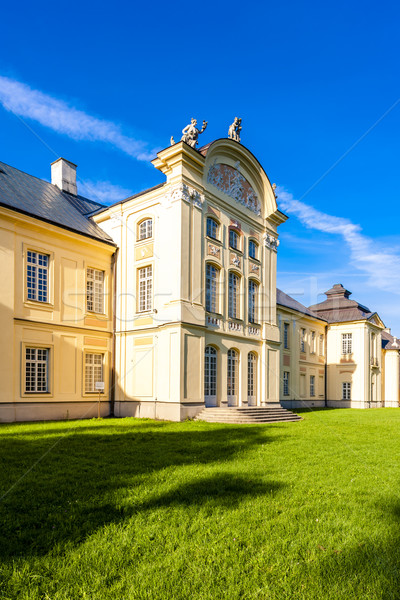 Famiglia palazzo costruzione viaggio architettura Europa Foto d'archivio © phbcz
