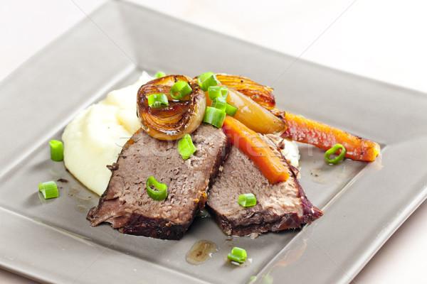 Gulasz wołowy marchew ziemniaki mięsa posiłek naczyń Zdjęcia stock © phbcz