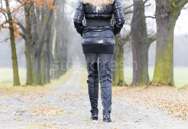 詳細 女性 着用 黒 服 ブーツ ストックフォト © phbcz