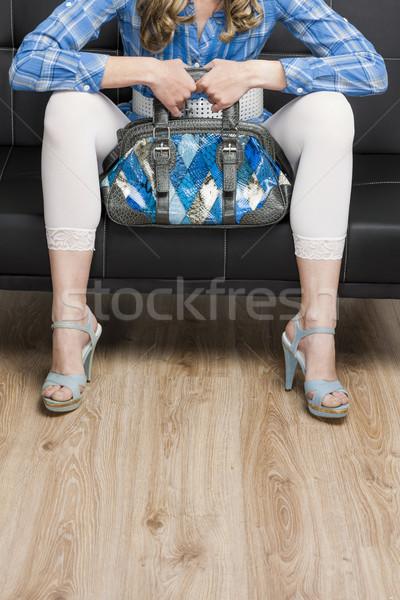 Detail vrouw zomerschoenen handtas vergadering Stockfoto © phbcz