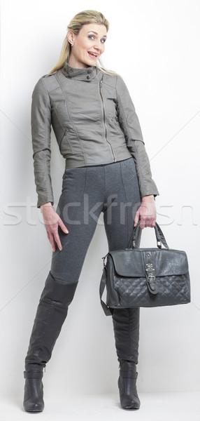 женщину серый одежды сумочка человек Сток-фото © phbcz
