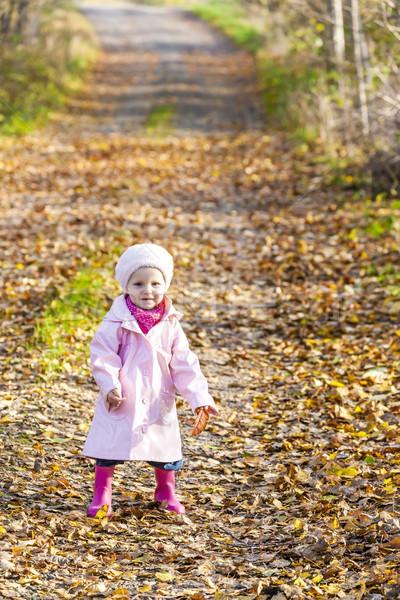 Bambina indossare stivali di gomma natura bambino Foto d'archivio © phbcz