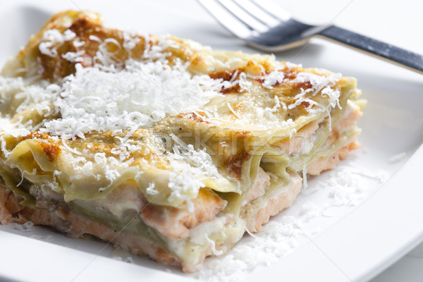 Foto stock: Espinacas · lasaña · salmón · alimentos · queso · tenedor