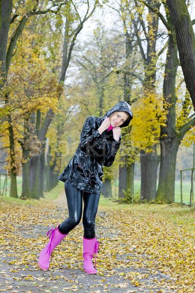 Mulher beco mulheres outono feminino Foto stock © phbcz