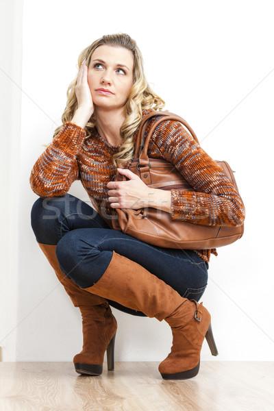 Sitzung Frau tragen Mode braun Stiefel Stock foto © phbcz