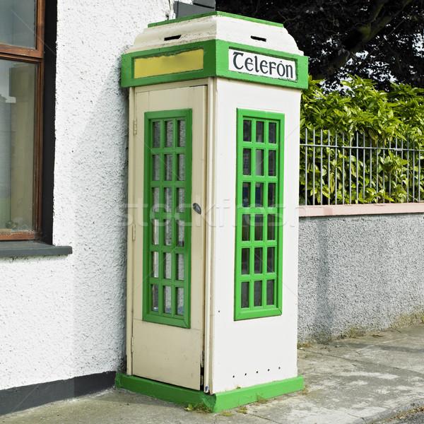 Telefon kabin İrlanda bağlantı telefonlar açık Stok fotoğraf © phbcz