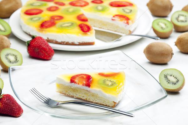 フルーツケーキ 食品 ケーキ 果物 キウイ イチゴ ストックフォト © phbcz