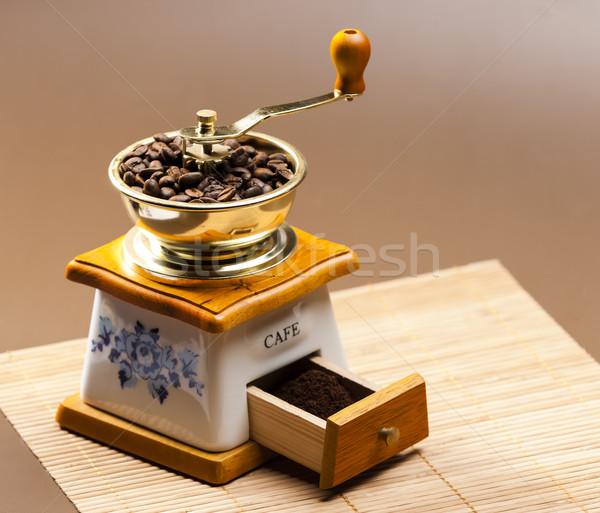 Caffè mill chicchi di caffè terra oggetto Foto d'archivio © phbcz