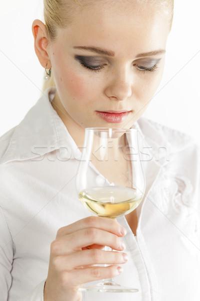 Ritratto degustazione vino bianco donna persona Foto d'archivio © phbcz
