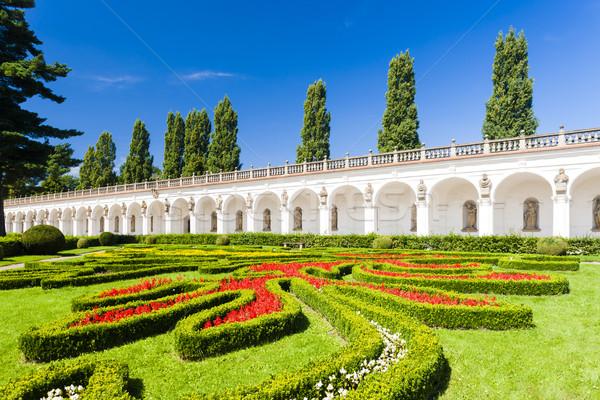 Virágoskert palota Csehország fa épület utazás Stock fotó © phbcz