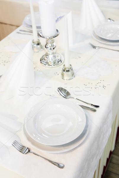Tabelle Einstellungen Restaurant Platte Messer Gabel Stock foto © phbcz