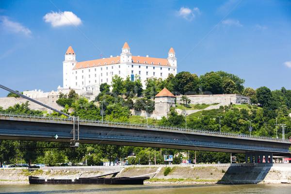 Bratislava castelo Eslováquia cidade ponte viajar Foto stock © phbcz