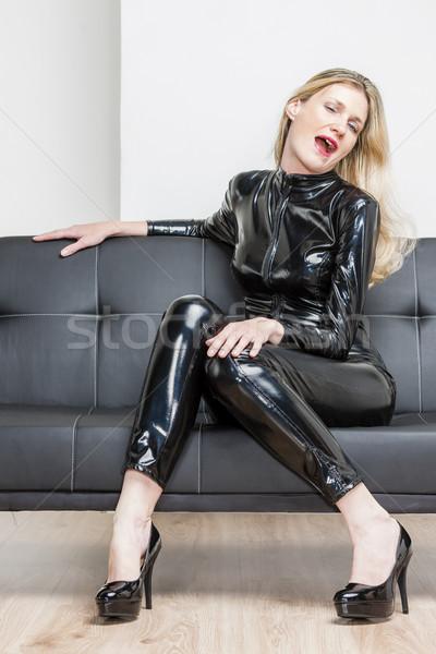 Stock fotó: Nő · visel · fekete · extravagáns · ruházat · ül