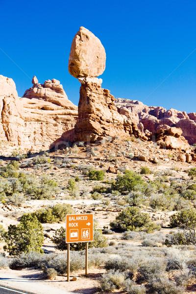 сбалансированный рок парка Юта США пейзаж Сток-фото © phbcz