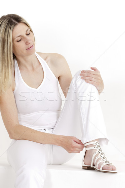 Portret vergadering vrouw witte kleding Stockfoto © phbcz