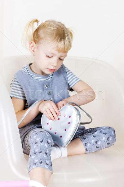 Posiedzenia dziewczynka torebka dziewczyna dziecko dziecko Zdjęcia stock © phbcz