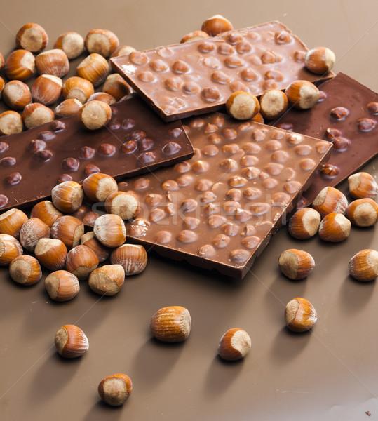 Csokoládé rácsok mogyoró édes bent sok Stock fotó © phbcz