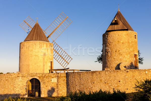 Francia viaje arquitectura molino de viento aire libre fuera Foto stock © phbcz