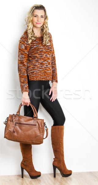 Pie mujer de moda marrón botas Foto stock © phbcz