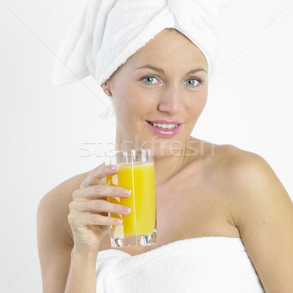 Vrouw tulband glas sap schoonheid bril Stockfoto © phbcz