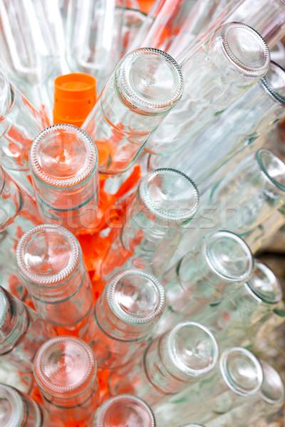 Pusty butelek wina rack szkła tle Zdjęcia stock © phbcz