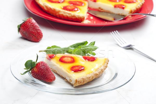 Bolo de morango comida fruto garfo sobremesa de Foto stock © phbcz