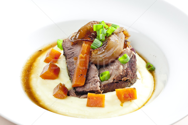 Rundvleesstoofpot wortel vlees maaltijd schotel Stockfoto © phbcz