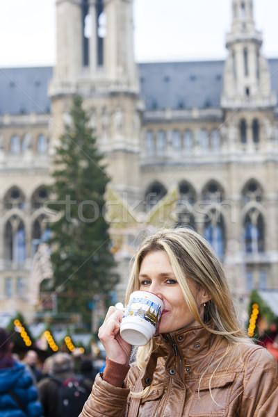女性 飲料 ホット ワイン クリスマス 市場 ストックフォト © phbcz