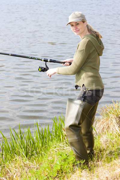 Nő halászat tavacska nők személy áll Stock fotó © phbcz