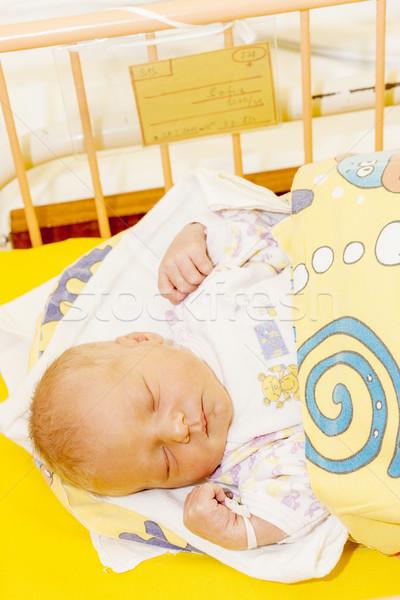 Portret pasgeboren moederlijk ziekenhuis meisje Stockfoto © phbcz