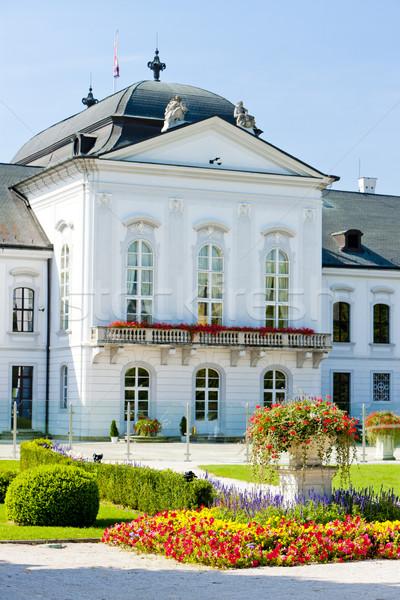 Presidencial palácio Bratislava Eslováquia jardim Foto stock © phbcz