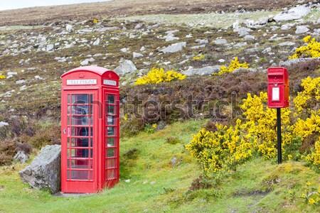 Teléfono cabina buzón Escocia teléfono mail Foto stock © phbcz