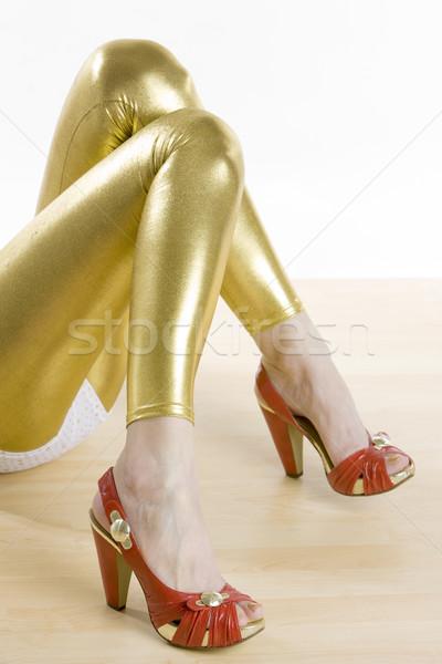 Rood zomerschoenen meisje vrouwen mode benen Stockfoto © phbcz
