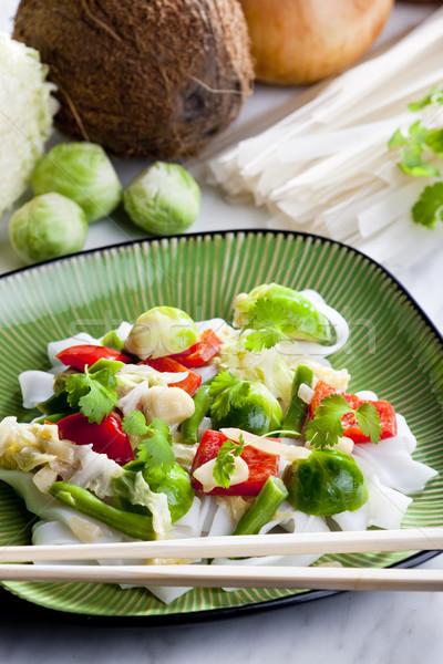 ázsiai zöldségek kókusztej étel tészta zöldség Stock fotó © phbcz