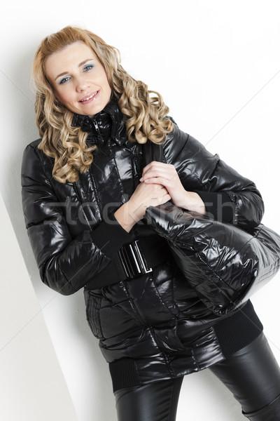 Retrato em pé mulher preto roupa bolsa Foto stock © phbcz