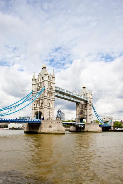 Tower Bridge Londres grande-bretagne bâtiment ville Voyage Photo stock © phbcz