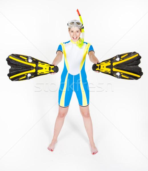 Permanente jonge vrouw snorkelen uitrusting vrouw Stockfoto © phbcz