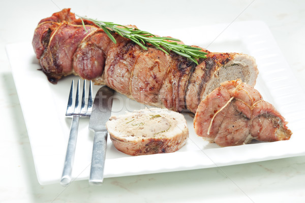 Ternera rodar carne de vacuno carne hierbas alimentos Foto stock © phbcz