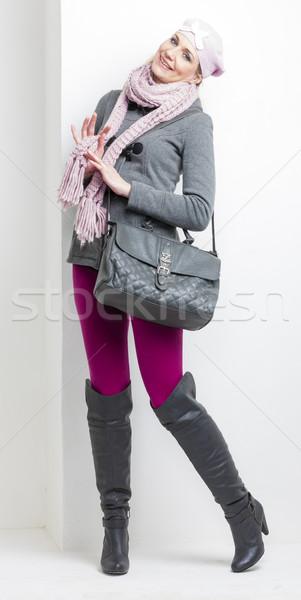 Kobieta zimą ubrania torebka moda Zdjęcia stock © phbcz