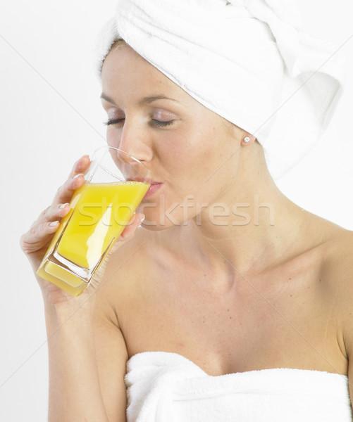 Mulher turbante vidro suco beleza óculos Foto stock © phbcz