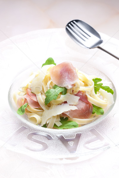 Tagliatelle prosciutto kaas lepel raket maaltijd Stockfoto © phbcz