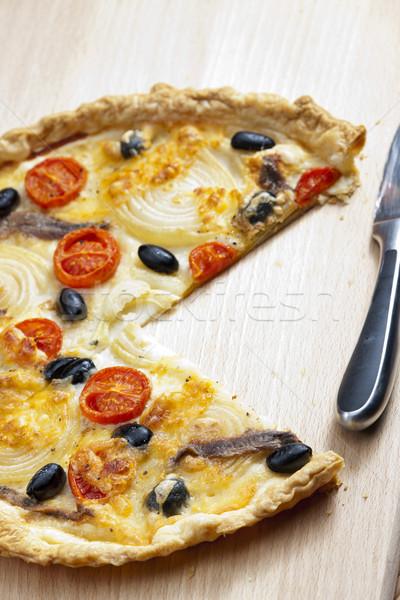 Bolo tomates cereja azeitonas pretas prato legumes oliva Foto stock © phbcz