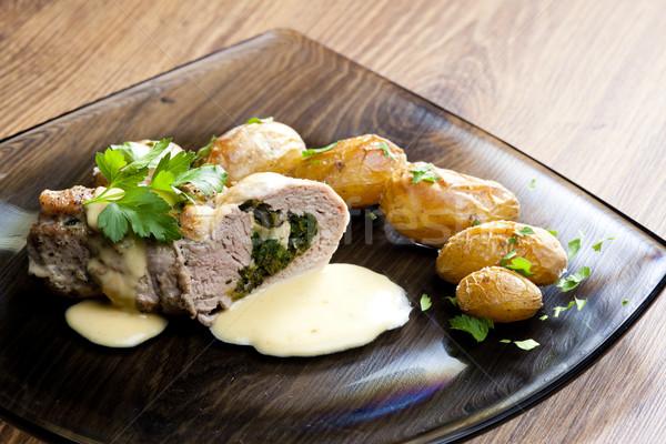 Carne de porc spanac branza de capra smântână brânză Imagine de stoc © phbcz