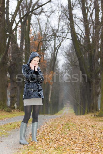 Donna indossare stivali di gomma vicolo donne Foto d'archivio © phbcz