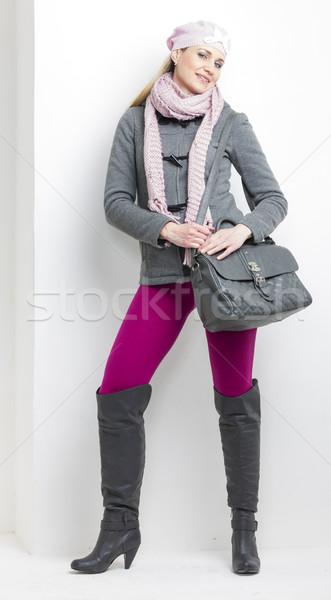 Nő visel tél ruházat kézitáska kalap Stock fotó © phbcz