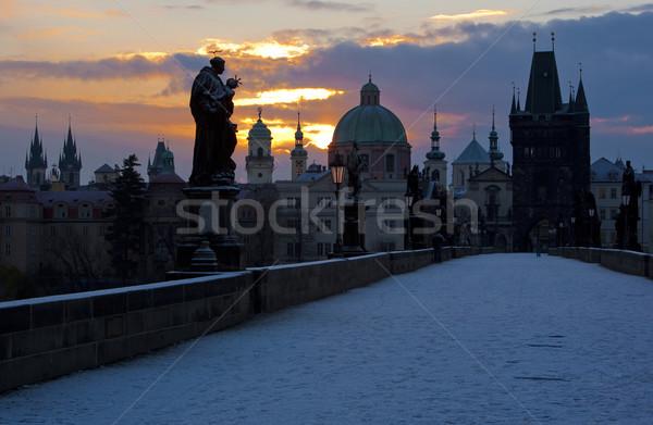 Сток-фото: моста · рассвета · Прага · Чешская · республика · здании · снега