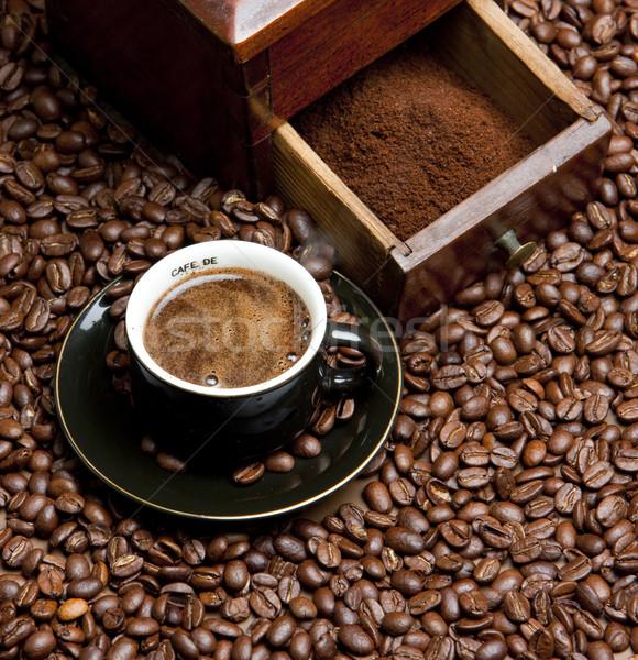 Dettaglio caffè mill chicchi di caffè Cup bere Foto d'archivio © phbcz