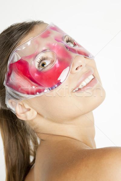 Portrait jeune femme refroidissement masque femme beauté Photo stock © phbcz
