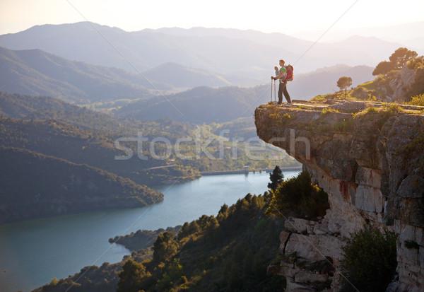 Uzun yürüyüşe çıkan kimse bebek rahatlatıcı uçurum vadi Stok fotoğraf © photobac